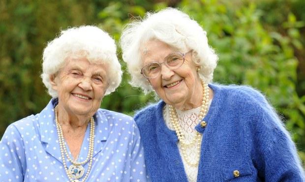 Twins-ena-pugh-lily-millward